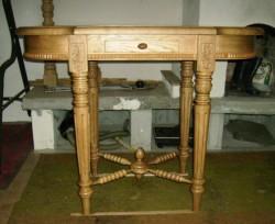стіл2.JPG